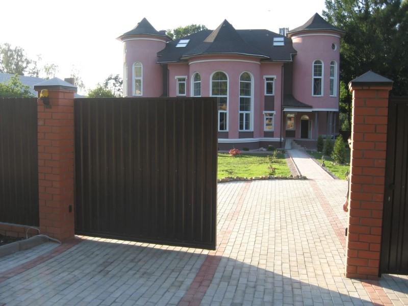 Откатные ворота в Владимире